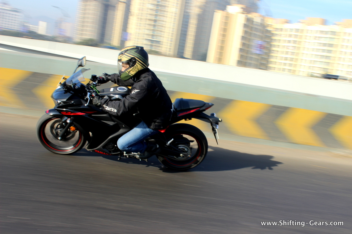 Yamaha-yzf-r3-03