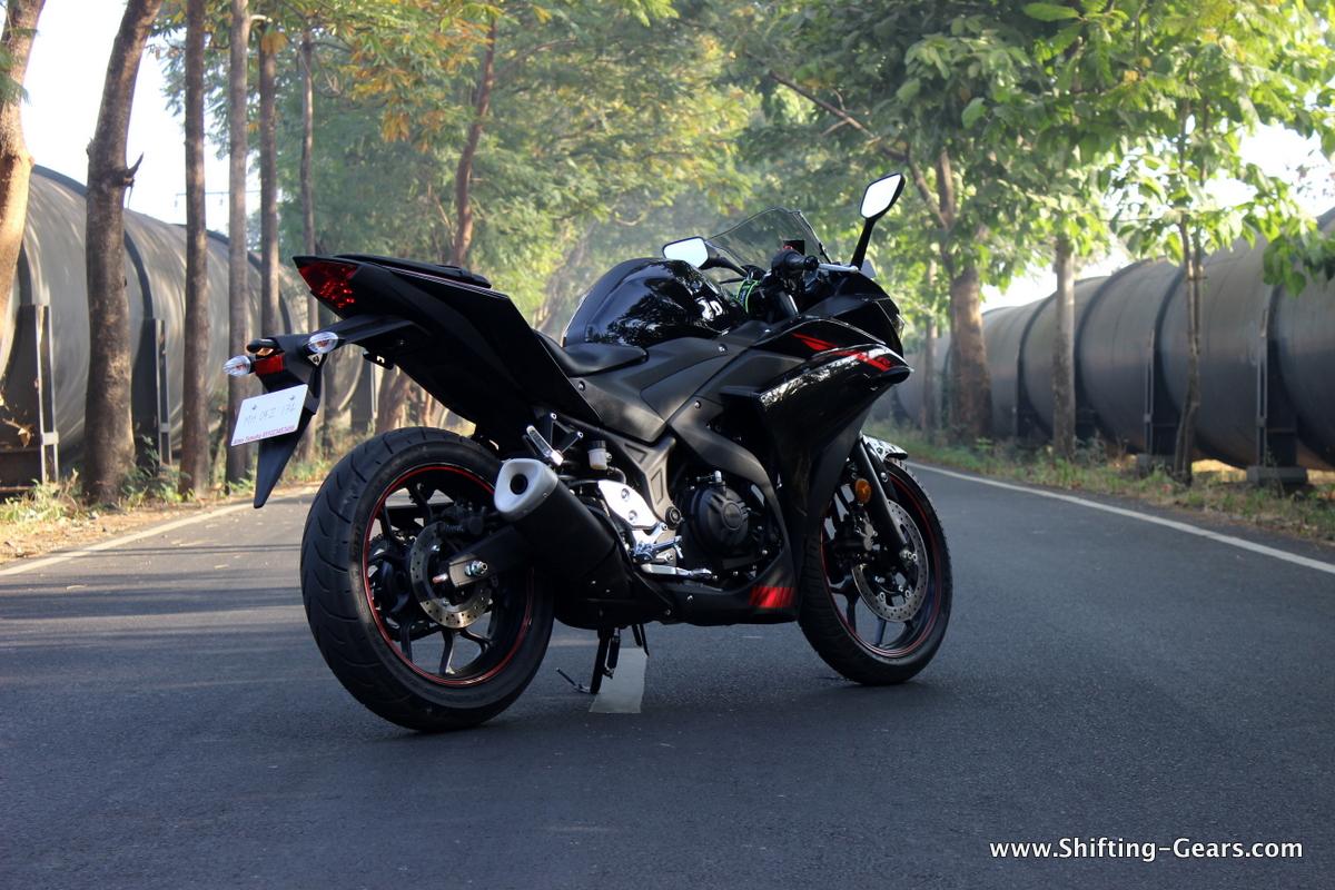 Yamaha-yzf-r3-07