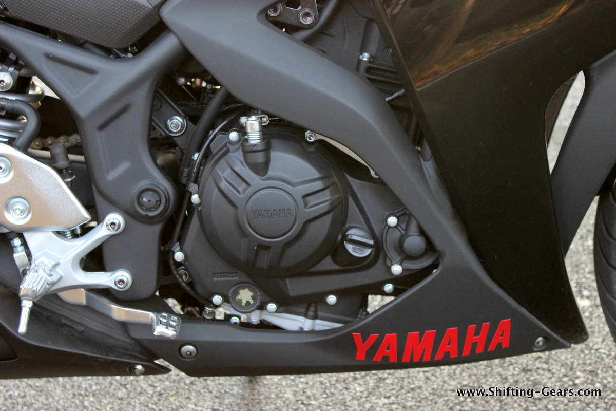 Yamaha-yzf-r3-31