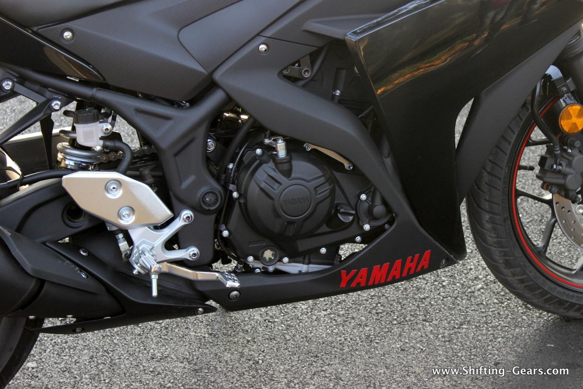 Yamaha-yzf-r3-32
