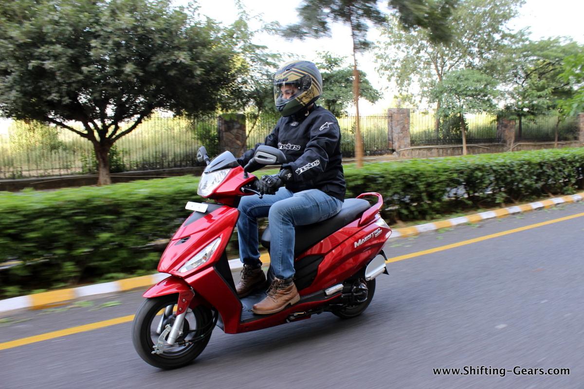 hero-motocorp-maestro-edge-review-02