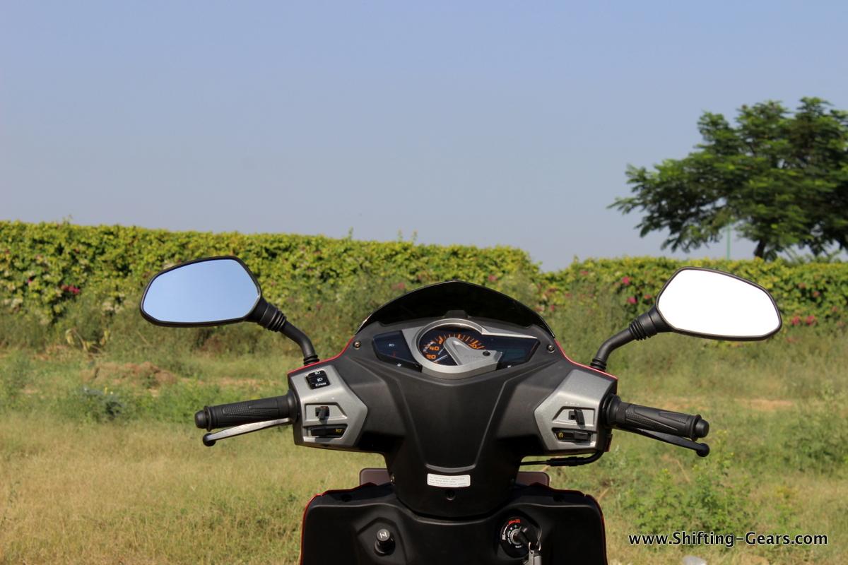 hero-motocorp-maestro-edge-review-15