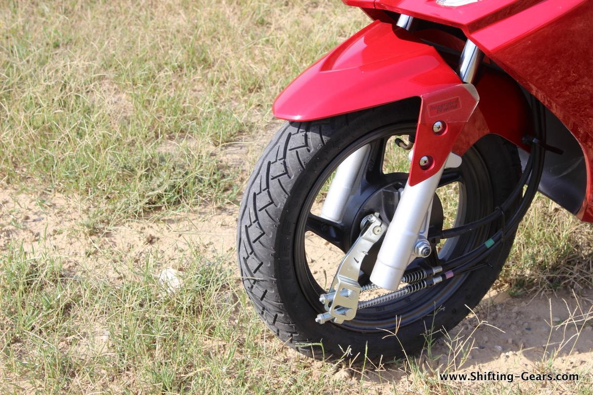 hero-motocorp-maestro-edge-review-22