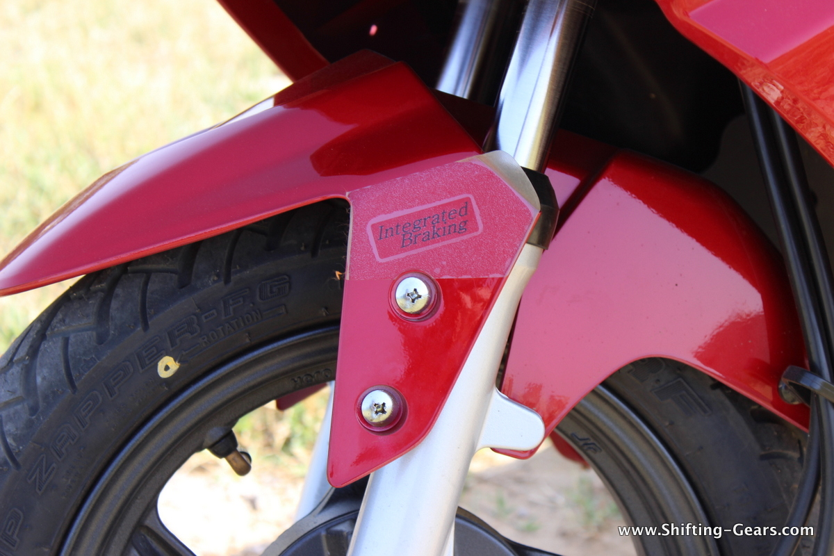 hero-motocorp-maestro-edge-review-23