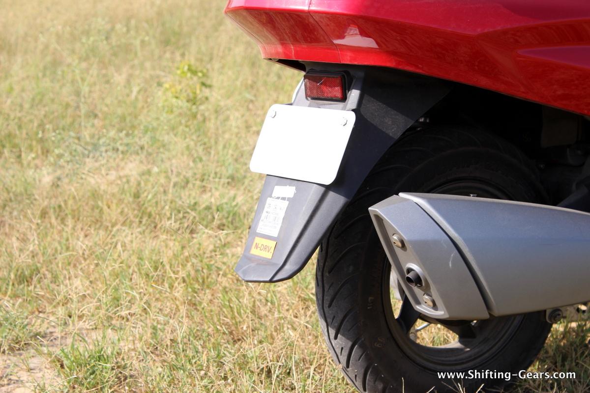 hero-motocorp-maestro-edge-review-37
