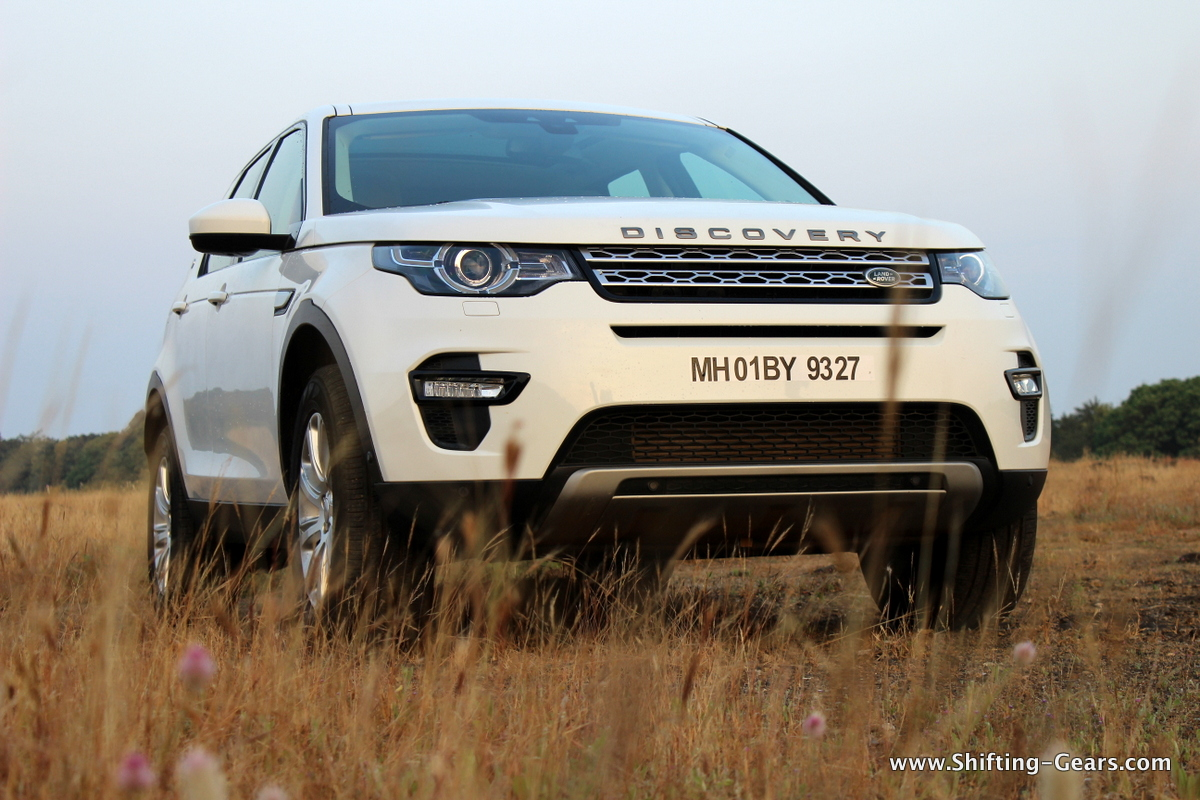 land-rover-discovery-sport-review-02