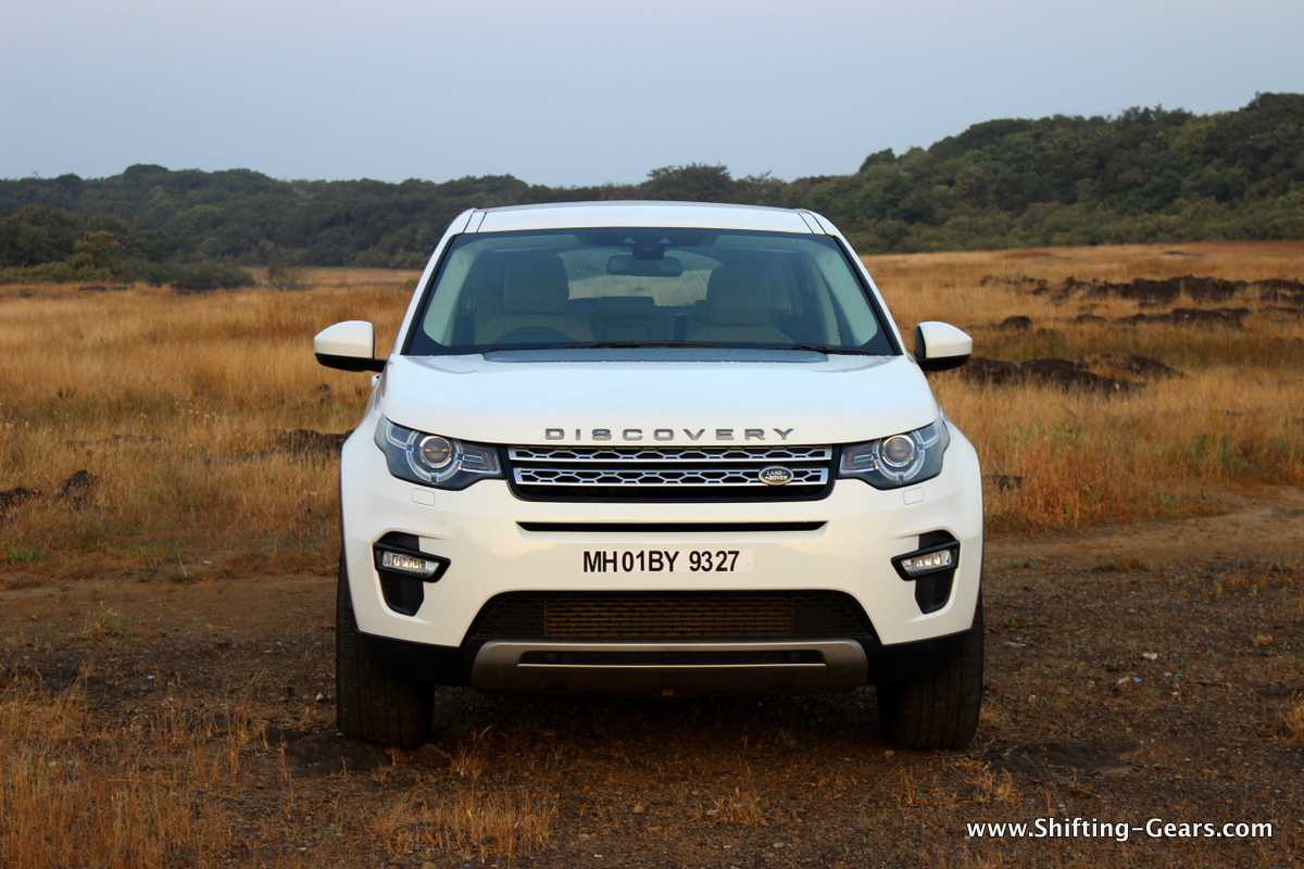 land-rover-discovery-sport-review-03