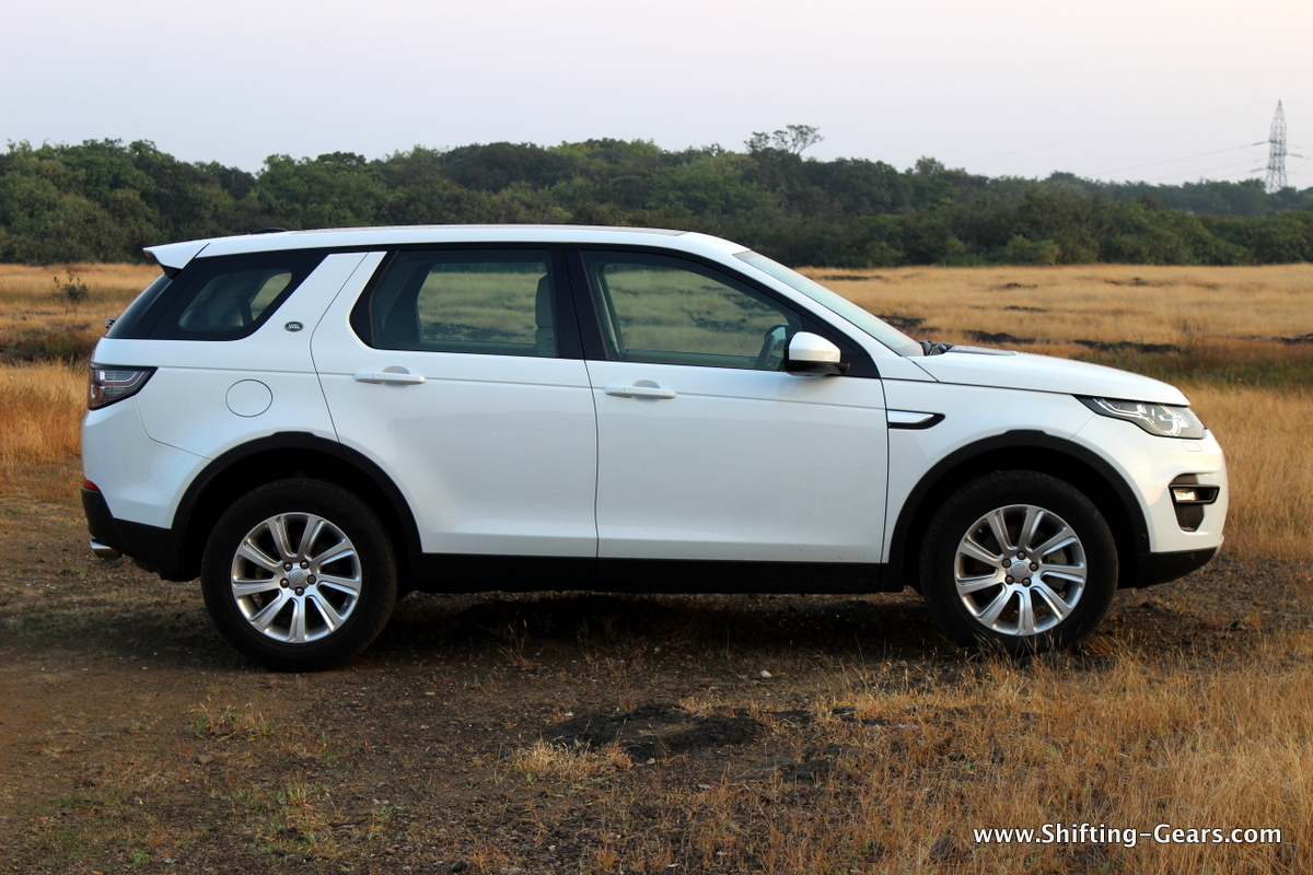 land-rover-discovery-sport-review-05