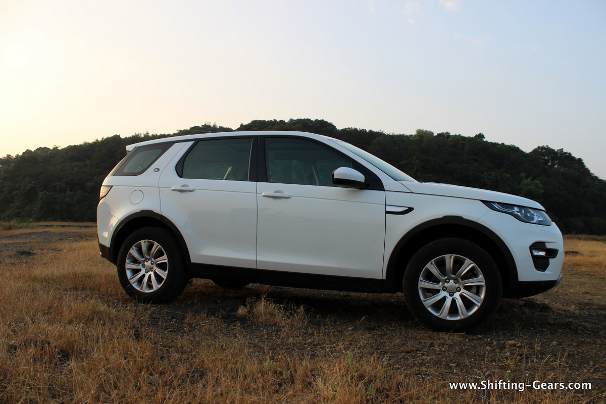 land-rover-discovery-sport-review-06
