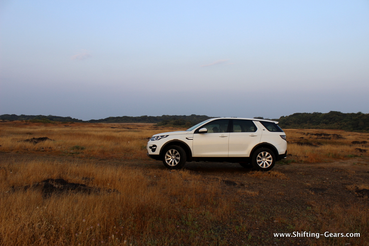 land-rover-discovery-sport-review-07