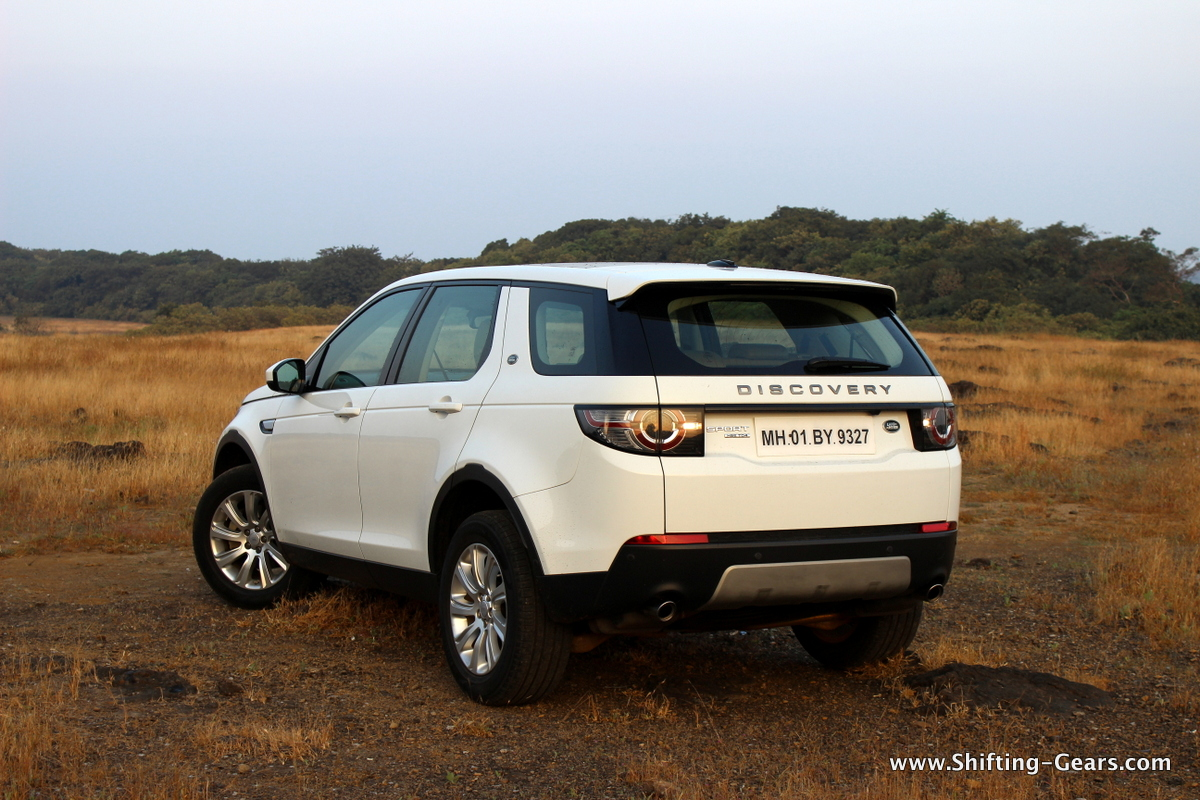 land-rover-discovery-sport-review-08