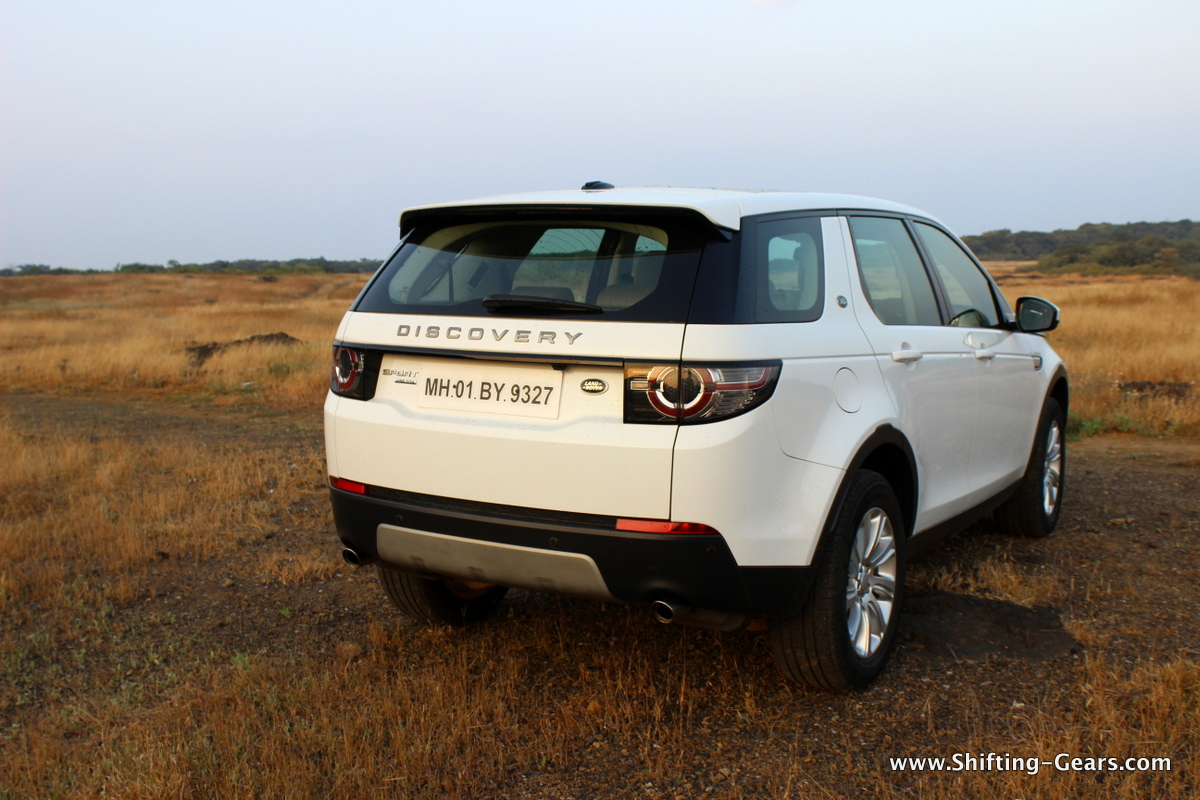 land-rover-discovery-sport-review-10
