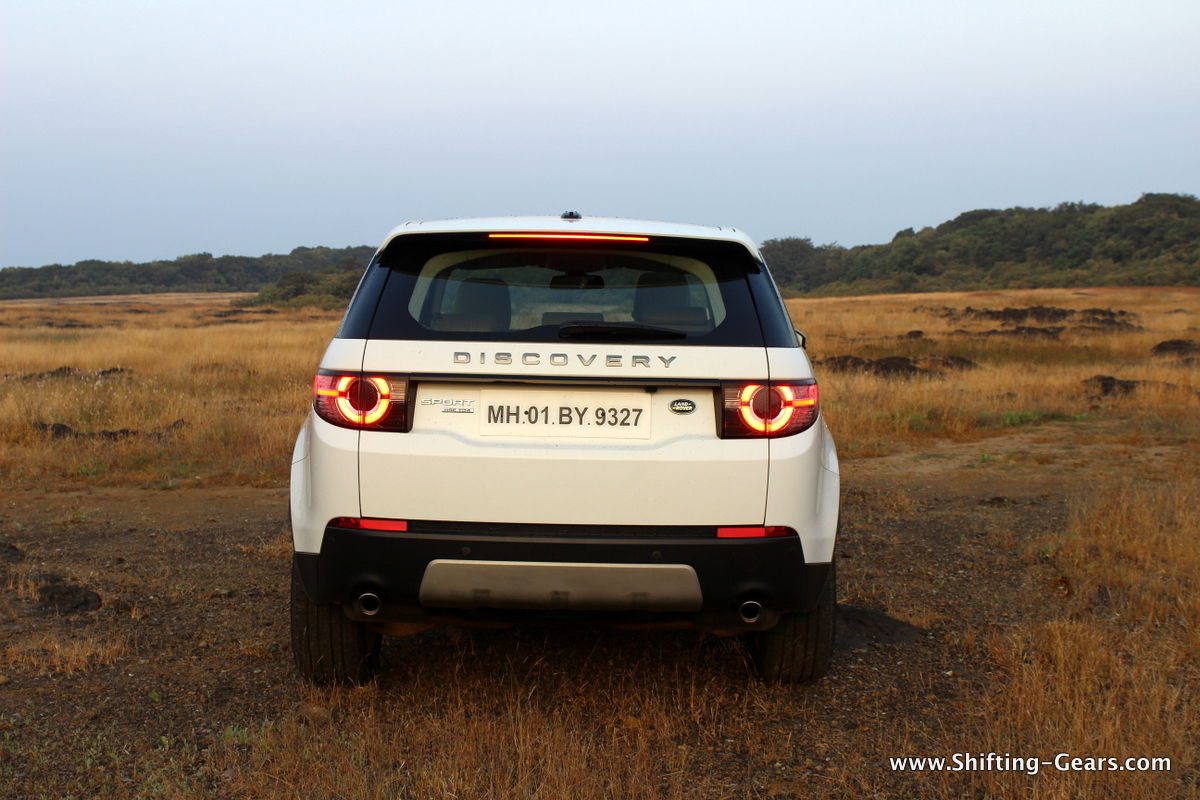 land-rover-discovery-sport-review-11