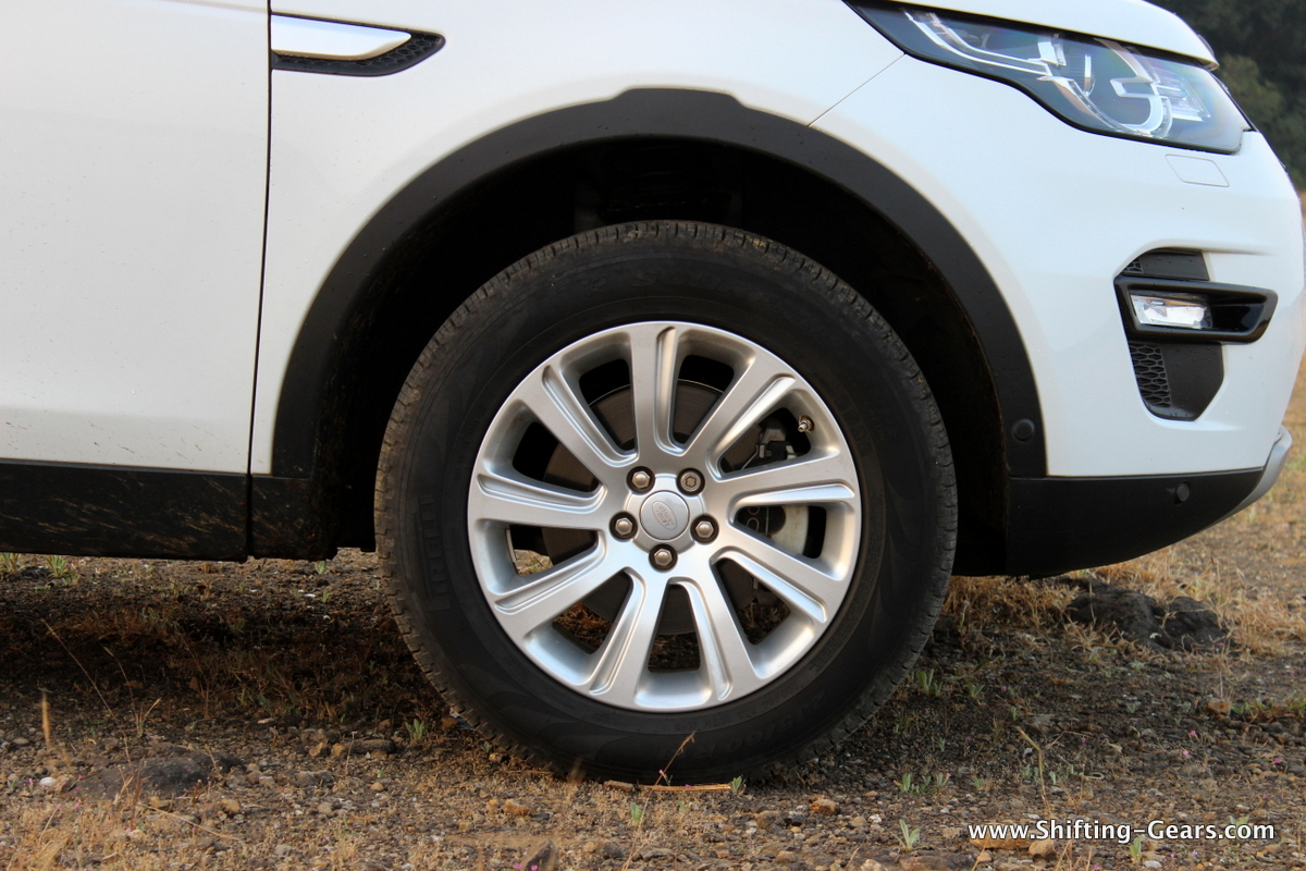 land-rover-discovery-sport-review-18