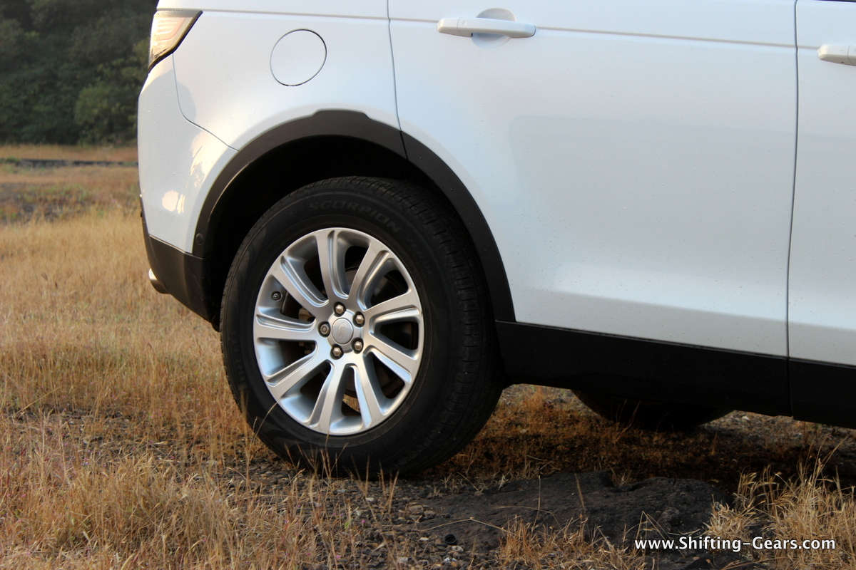 land-rover-discovery-sport-review-22