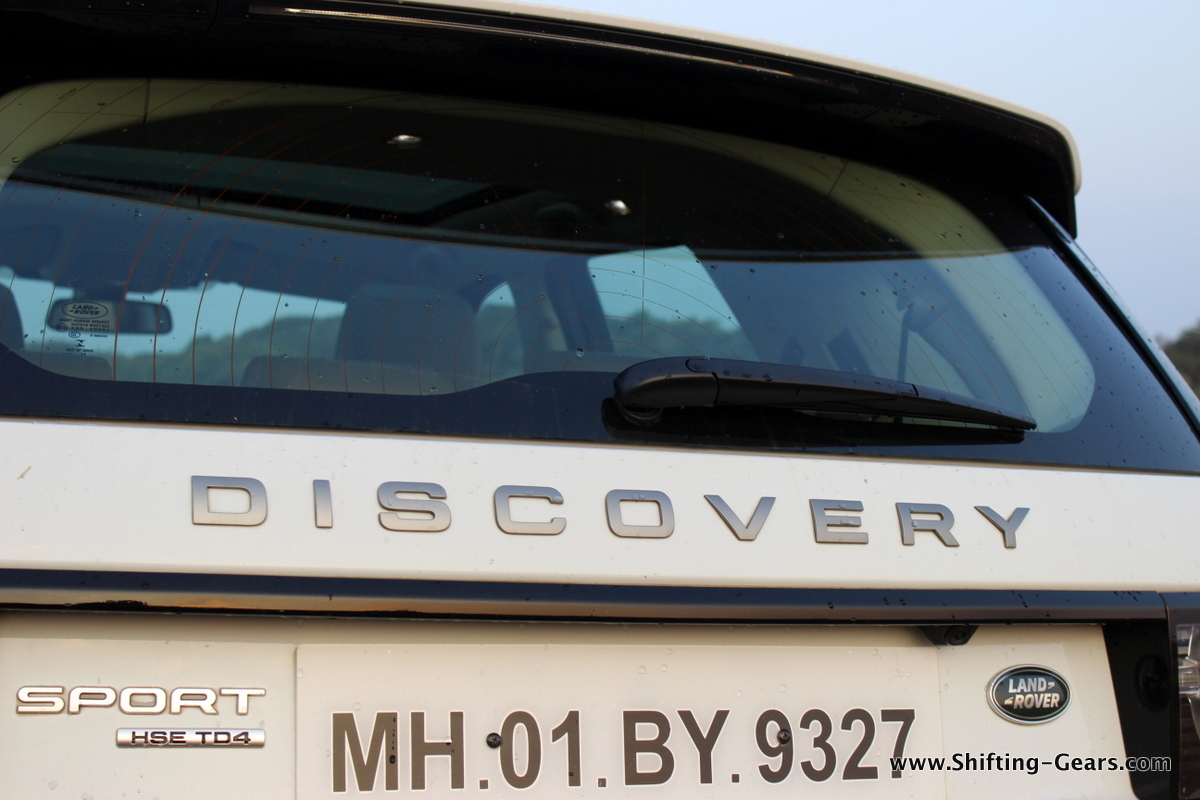 land-rover-discovery-sport-review-25