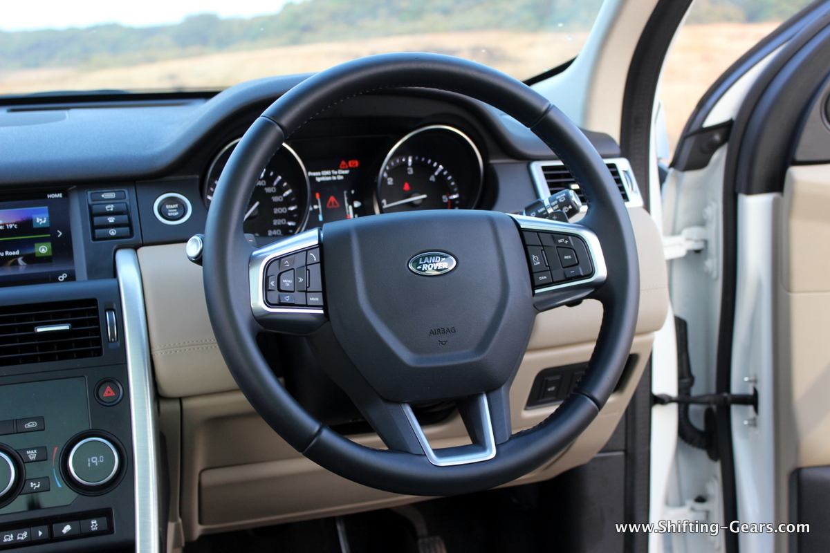 land-rover-discovery-sport-review-34