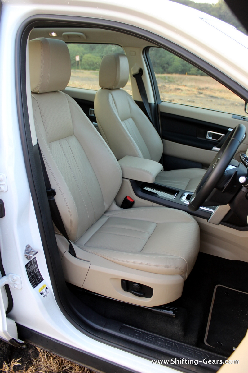land-rover-discovery-sport-review-45