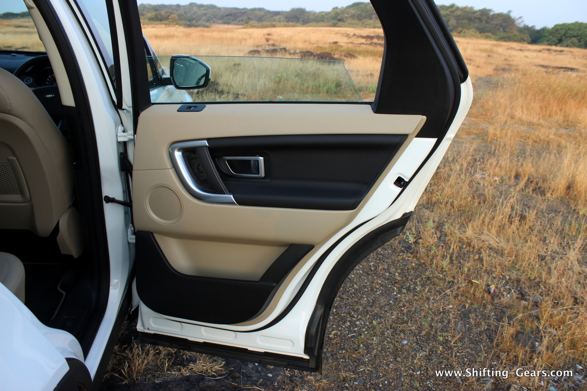 land-rover-discovery-sport-review-76