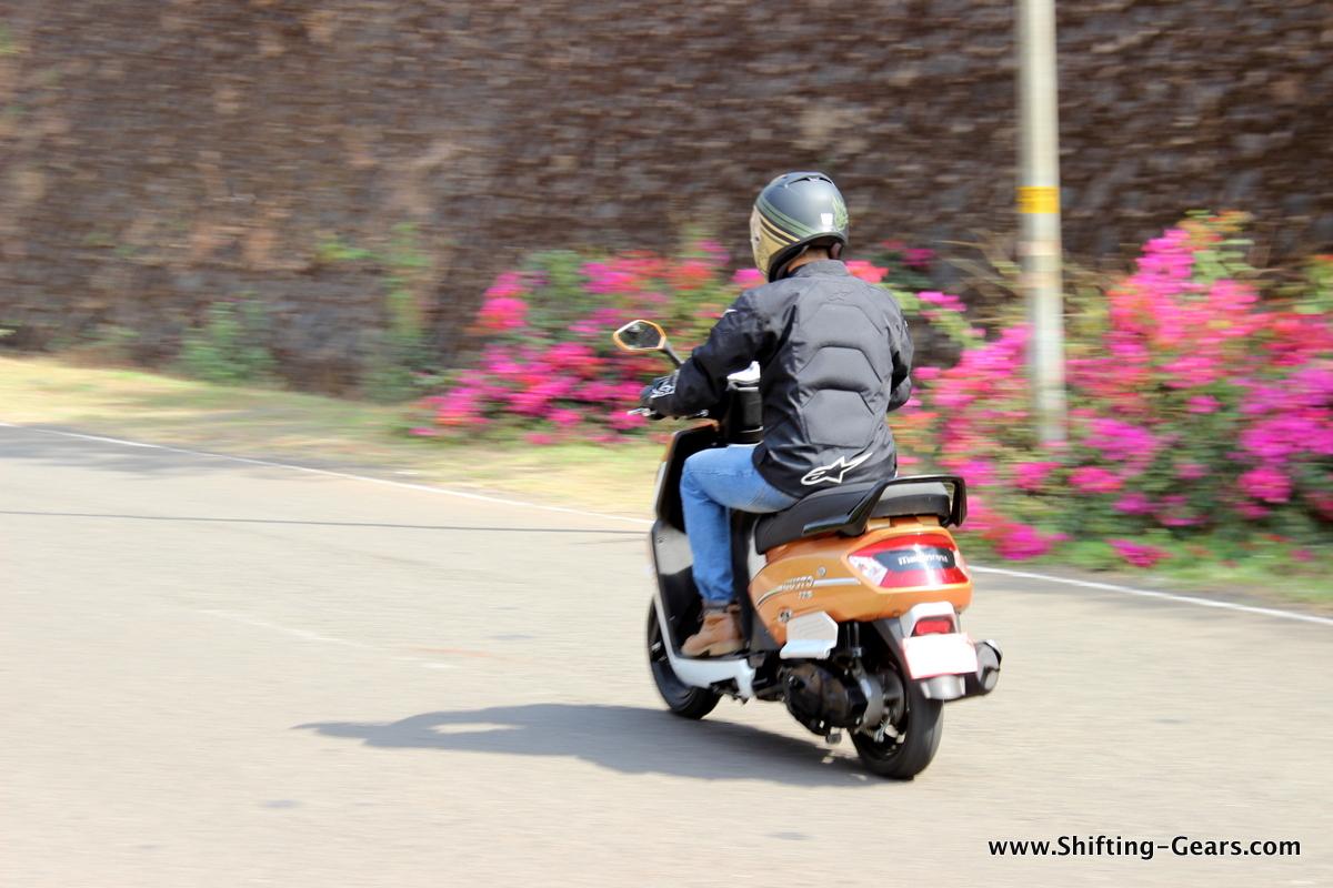 mahindra-gusto-125-scooter-10