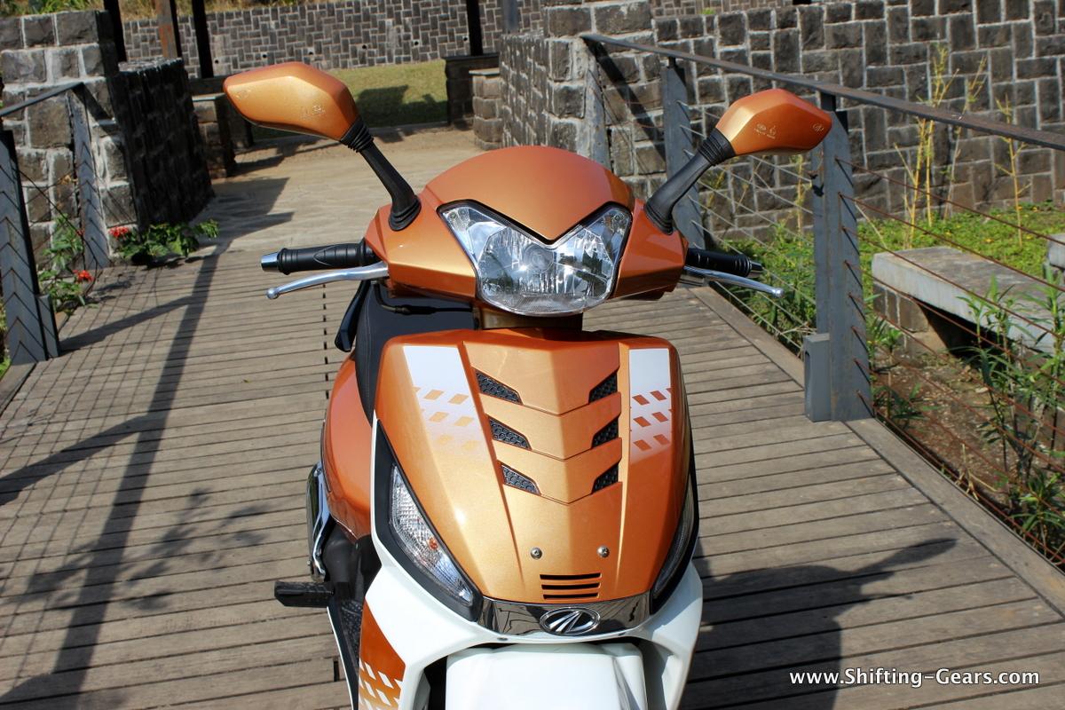 mahindra-gusto-125-scooter-12