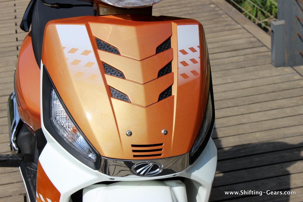 mahindra-gusto-125-scooter-13