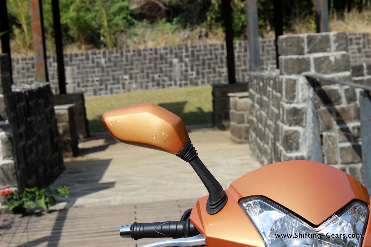 mahindra-gusto-125-scooter-15