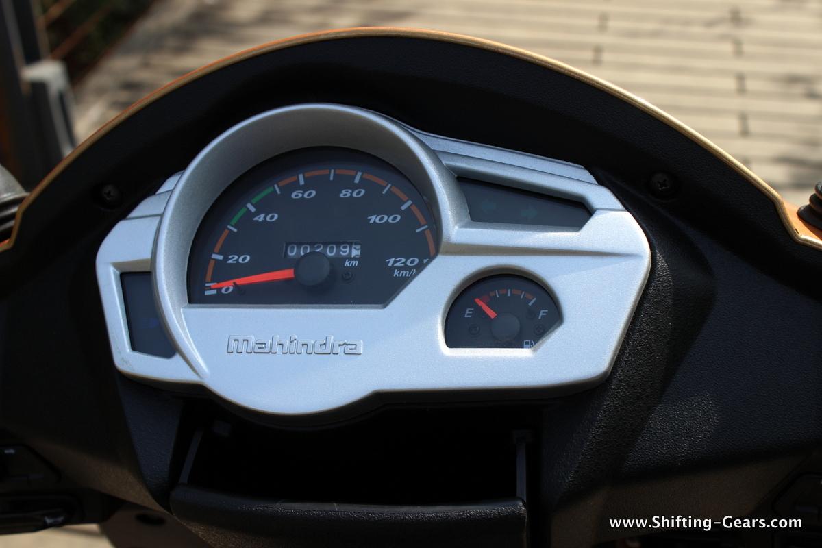 mahindra-gusto-125-scooter-19