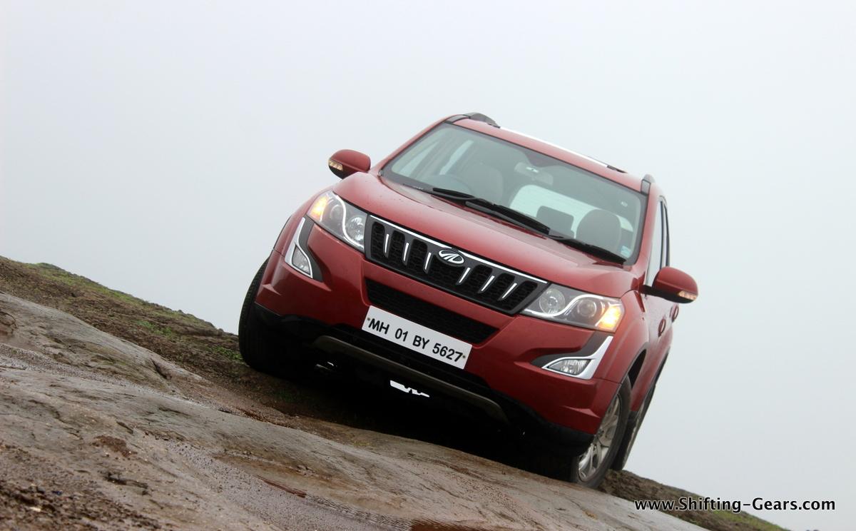 Mahindra XUV500 facelift photo gallery