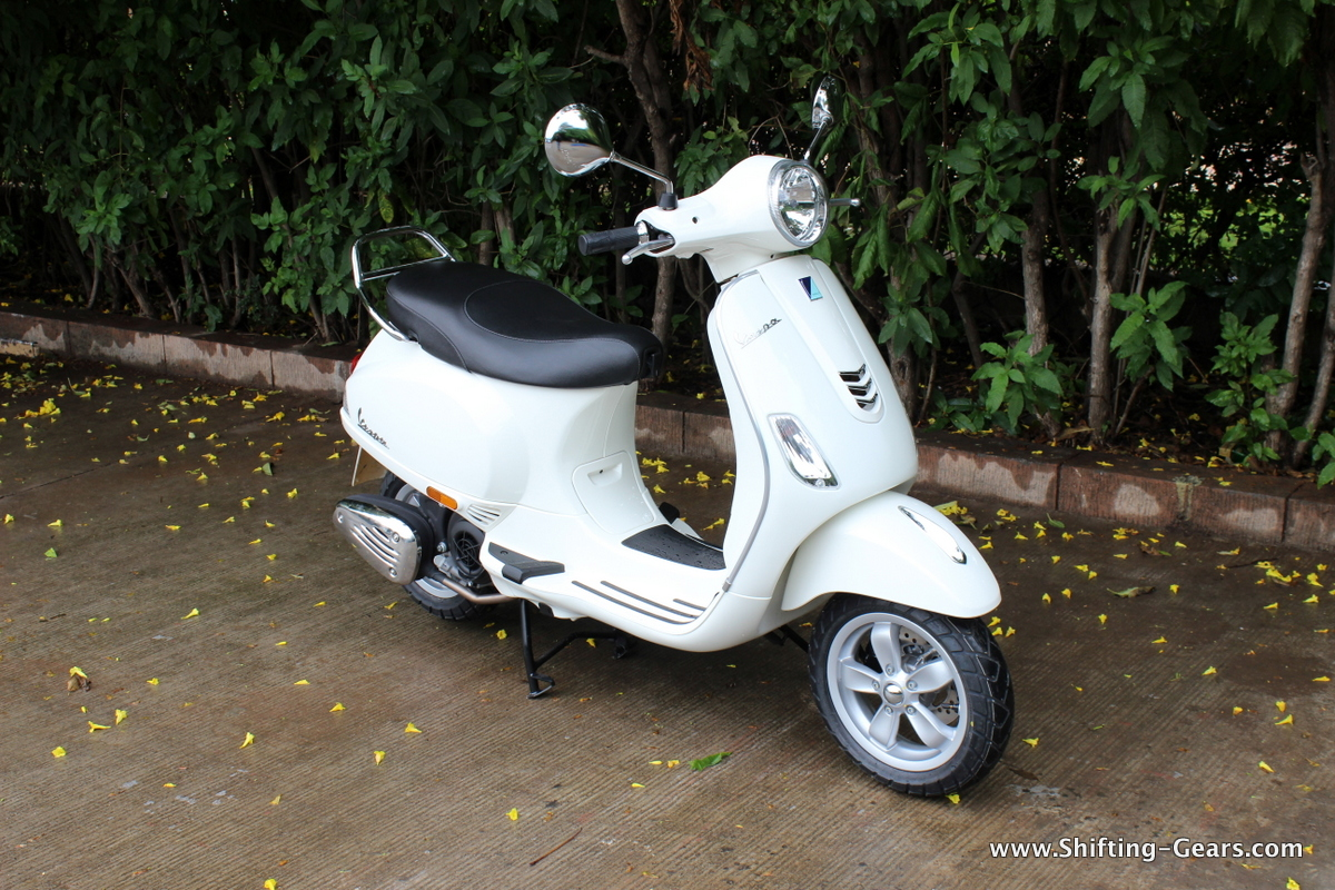 Piaggio Vespa SXL / VXL 150 photo gallery