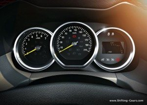 061-new-duster-speedo