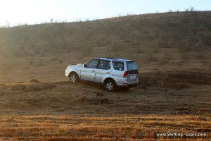 2015-tata-safari-storme-varicor-400-review-04