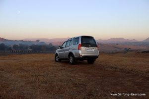 2015-tata-safari-storme-varicor-400-review-12