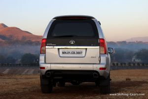 2015-tata-safari-storme-varicor-400-review-13