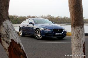jaguar-xe-sedan-review-08