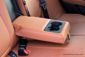 jaguar-xe-sedan-review-111