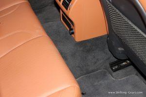 jaguar-xe-sedan-review-114