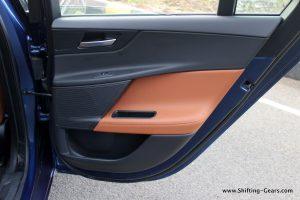 jaguar-xe-sedan-review-118