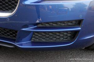 jaguar-xe-sedan-review-28