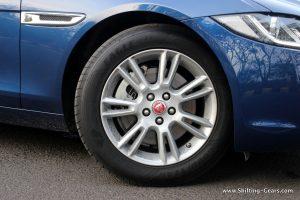 jaguar-xe-sedan-review-34