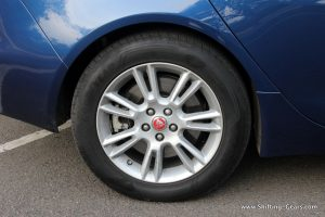 jaguar-xe-sedan-review-46