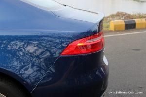 jaguar-xe-sedan-review-48