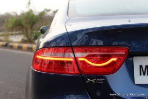 jaguar-xe-sedan-review-51