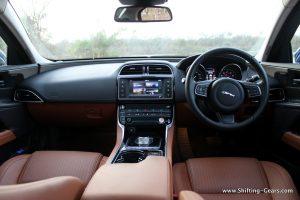 jaguar-xe-sedan-review-60