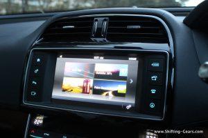 jaguar-xe-sedan-review-75