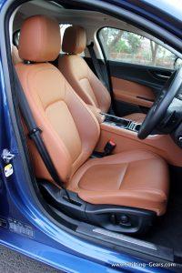 jaguar-xe-sedan-review-85