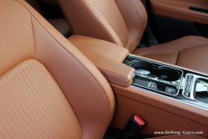jaguar-xe-sedan-review-91