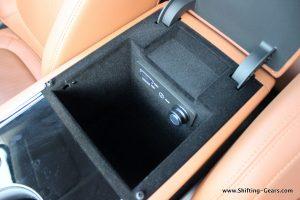 jaguar-xe-sedan-review-92