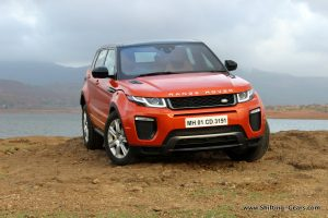 range-rover-evoque-facelift-review-11