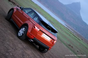range-rover-evoque-facelift-review-23